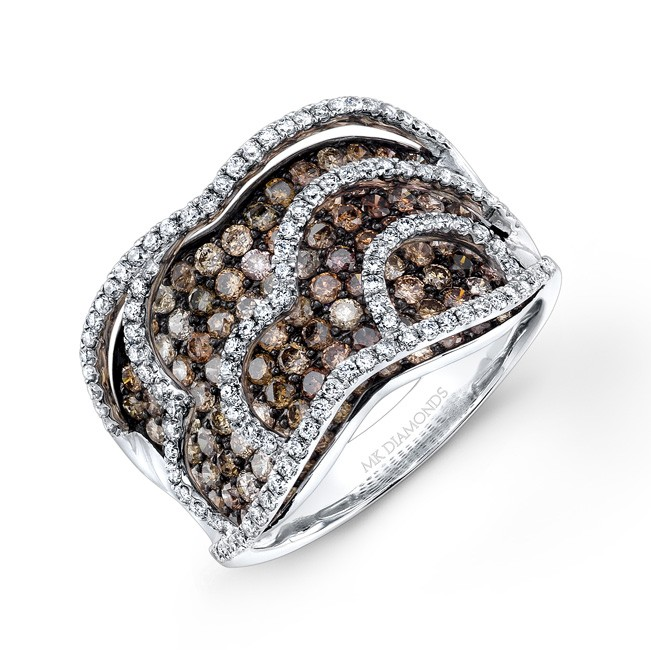 14k White Gold Brown and White Diamond Pattern Band