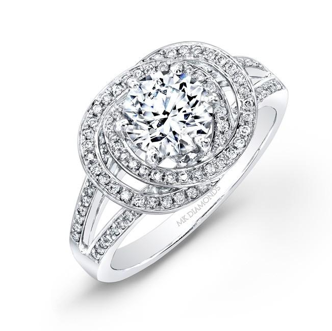 14k White Gold Linked Ring Diamond Halo Engagement Ring